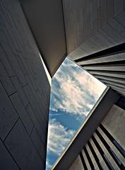 geo (Markus Pier ( MaPi )) Tags: geometrie linien licht architektur perspektive weitwinkel blau dortmund adac