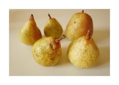 stilllife1 (lux fecit) Tags: paris pears kitchen homegrown chatting