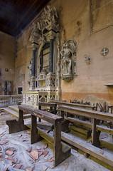 Church  with cloister (Italy)  (8) (Arno G) Tags: church eglise abandonn abandon decay dsaffect urbex explorationurbaine exploration cloister clotre pentax sigma1020mmf35exdchsm italy hdr poussire