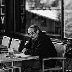 """proofreading the """"Manifest der Kommunistischen Partei"""" (P. Marion) Tags: pm marione nikon d810 raw people brussels bruxelles reader lecteur caf bistrot black noir zwart schwarz negro white blanc wit weiss blanco blackandwhite noiretblanc zwartenwit monochrome bw nb zw mono bandw netb zenw blackwhite noirblanc zwartwit schwarzweiss negroblanco"""