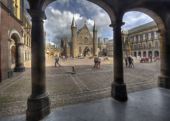 "Binnenhof • <a style=""font-size:0.8em;"" href=""http://www.flickr.com/photos/45090765@N05/15175956913/"" target=""_blank"">View on Flickr</a>"