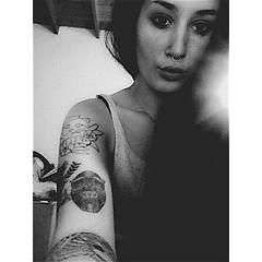 (emetresru) Tags: girl tattoo lady female women pale tattoos fatale xd skinhead septum tatuaje tatuajes feme ahre