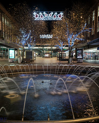Precinct Fountain. Coventry. (richardfulford1) Tags: christmas water fountain nikon long exposure coventry precinct d5300