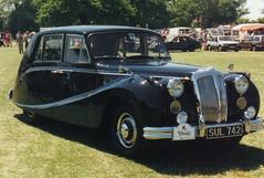 Daimler - SUL 742 (Andy Reeve-Smith) Tags: 1996 bedfordshire jaguar limousine luton daimler stockwoodpark festivaloftransport lutonfestivaloftransport