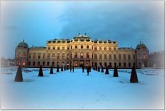 Frozen...con questo caldo ci vuole. (rogilde - roberto la forgia) Tags: vienna wien snow austria frozen neve belvedere belvederepalace congelato landstrase rogilde robertolaforgia