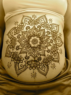 Henna Belly
