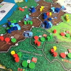 Andean Abyss - เกมแรกในซีรีส์ COIN (insurgency & counter-insurgency) จาก GMT จำลองสงครามกองโจรในโคลอมเบียมาเป็นบอร์ดเกมได้เจ๋งมาก สี่คนเล่นเป็นสี่ฝ่ายคือ รัฐบาล, FARC (กองกำลังฝ่ายซ้ายจัด), AUC (กองกำลังฝ่ายขวาจัด) และมาเฟียยาเสพติด เป้าหมายของแต่ละฝ่ายไม
