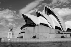 New Clock Tower in Sydney Harbour (Gillian Everett) Tags: house tower clock opera duc imageart 858