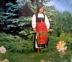 popular art and costumes in Romania (SOCIAL FLO MEMORY ALIVE) Tags: art culture traditions romania popularart floart potteryandcostumes