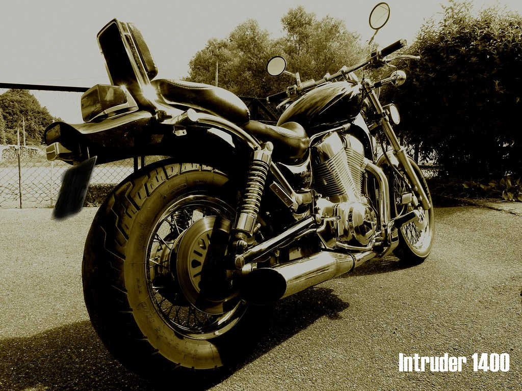 The Worlds Most Recently Posted Photos Of Custom And Intruder Customized Suzuki M109 1400 Frdric Erbrech Tags Moto Spia