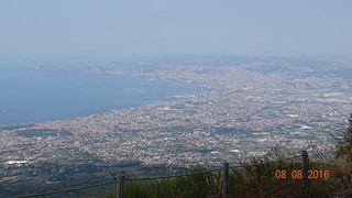 Ville de Naples vue du Vésuve