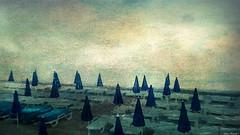Promenade des Anglais - NICE (jeanfenechpictures) Tags: nice promenadedesanglais france azur frenchriviera baiedesanges mer plage parasol texture ciel sky sea beach beachumbrella