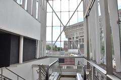 DSC_1431 (billonthehill2001) Tags: boston subway mbta governmentcenter greenline blueline