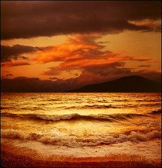 Golden sea (Katarina 2353) Tags: seascape sunset sea katarina2353 katarinastefanovic film nikon