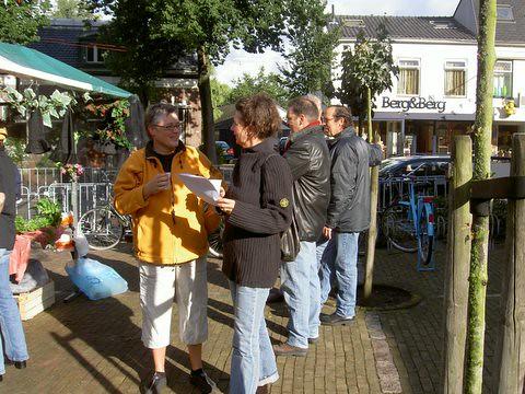 200509 Poppenkast braderie 17-9-2005 002