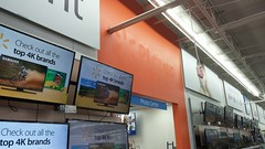 Can you 'pickup' the labelscar in this photo? (Retail Retell) Tags: hernando ms walmart desoto county retail project impact supercenter store 5419 interior remodel black dcor 20 icons