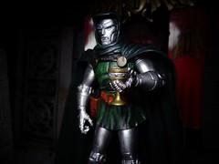 Casual Doom (ridureyu1) Tags: toy toys actionfigure superhero marvellegends marvel marvelcomics fantastic4 marveluniverse doctordoom drdoom toyphotography victorvondoom sonycybershotsonycybershotdscw690 marvelselectdrdoom