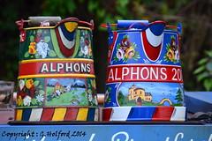 Canal Art (Holfo) Tags: greatbritain england colour art history nikon pot kettle bold canla d5100 potmbright