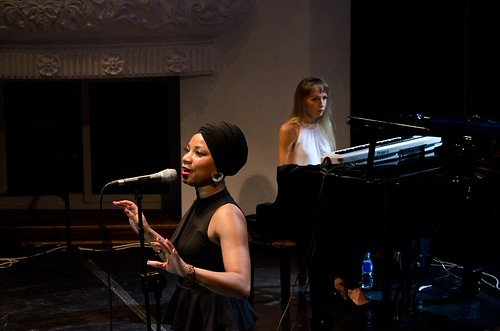 Zenia McPherson and Oleg Butman's trio ©  U.S. Consulate Vladivostok