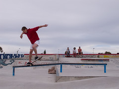 Bs Crooked (homeroprodan) Tags: patagonia argentina skateboarding bs rail skatepark skate skateboard backside misfotos grind crooked sk8 crook trelew patineta baranda