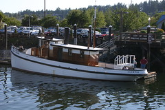 IMG_8637 - Olympia WA - tug SANDMAN at Percival Landing (BlackShoe1) Tags: washington wash olympia pacificnorthwest wa sandman tugboat pugetsound tug woodenboat washingtonstate olympiawa woodboat percivallanding mvsandman
