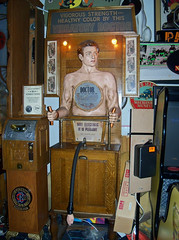 MI Farmington Hills - Vibratory Doctor (scottamus) Tags: game coin mechanical michigan arcade op skill operated marvinsmarvelousmechanicalmuseum farmingtonhill