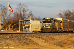 Going into the setting sun with all EMD's. (Machme92) Tags: railroad sunset sky usa sun up america sunrise ns union norfolk tracks rail trains row oldschool missouri rails railyard railfan freight bnsf railroads norfolksouthern railroading emd railfanning railfans unionpacifc trainrace