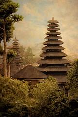 Pura Besakih Temple, Bali (EdBob) Tags: roof bali texture indonesia landscape asian island asia spires religion worldheritagesite holy tropical hindu hinduism besakih pura textured mothertemple balinese eastbali ijuk purabesakihtemple edmundlowe indonesiantravel edmundlowephotography allmyphotographsarecopyrightedandallrightsreservednoneofthesephotosmaybereproducedandorusedinanyformofpublicationprintortheinternetwithoutmywrittenpermission