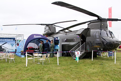 Plastic Chinook (NTG's pictures) Tags: raf fairford riat2016 the village royal air force