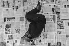 Kien jagmel fi-ert li waqt li jkun qed josserva ma jinsiex iqalleb il-pana ta kultant, biex ma jagtix daqshekk fil-gajn (David Grima) Tags: photography artistic theatre malta exhibition story short stories collaboration sliema shortstories teatru linjisfui salesjan