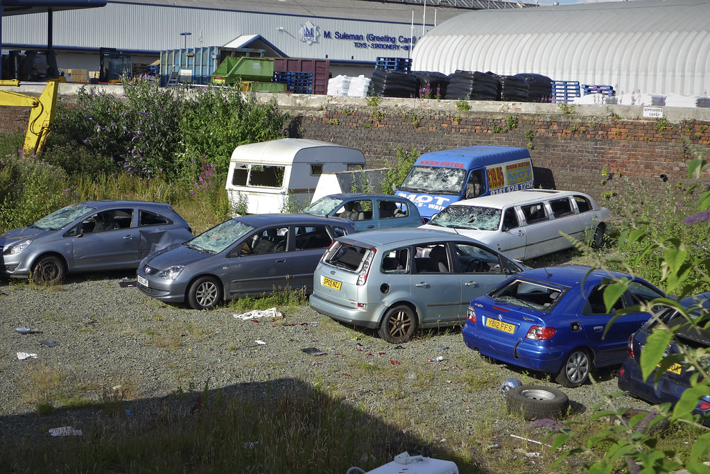 The world 39 s best photos of scotland and scrap flickr for Mercedes benz scrap yard