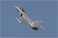 "Dassault Rafale (DaveChapman ""If it flies,I shoot it"") Tags: dassault rafale dassaultrafale riat frenchairforce france military militaryaircraft flying airdisplay display aircraft airshow aviation"