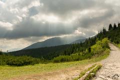 Na Wielkiej Królowej Kopie pogoda jeszcze nie była zdecydowana (czargor) Tags: outdoor inthemountain mountians landscape nature tatry mountaint igerspoland