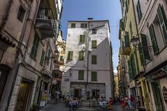 San Remo, Italia (kike.matas) Tags: canoneos6d kikematas canonef1635f28liiusm sanremo italia plaza paisaje gente ciudad edificios canon lightroom4