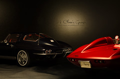 1959 & 1963 Chevrolet Corvette Stingray (aJ Leong) Tags: chevrolet stingray corvette 1959 1963 118 autoart