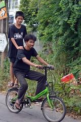 boys on a bicycle (the foreign photographer - ) Tags: black boys bicycle volkswagen thailand nikon bangkok 63 shirts soi bangkhen d3200 phahoyolthin dec132014nikon