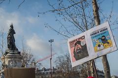 Je suis Charlie  Paris (Pierre ESTEFFE Photo d'Art) Tags: paris france expression journal dessin charlie libert caricature foule crayon rpublique manif manifestation peuple tuerie journaliste terrorisme rassemblement hebdo meurtre seine75