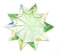 Fujimoto pentagon Rosette 35 back (Pliages et vagabondages) Tags: star origami rosette pentagon décoration déco étoile fujimoto pentagone