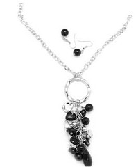 5th Avenue Black Necklce K1 P2110-4