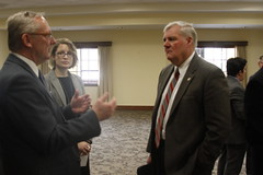 Senate Visits Minneapolis Veterans Home