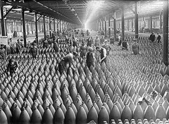 Munitions factory floor in Chilwell, Britain, July 1917. (Static Phil) Tags: history britain ww1 chilwell munitionsfactory july1917
