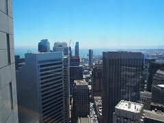 San Francisco (FRAUSCHNERT) Tags: sanfrancisco architektur wolkenkratzer skyline ausblick kalifornien sommer hitzewelle roadtrip rundreise mietwagen unterwegs highlights usa amerika westkste hitze heis urlaub frauschoenert reise highwaynr1