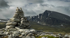 Varde (ekveronica) Tags: panorama mountains norway clouds contrast landscape nationalpark focus ngc highland depth rondane barde