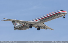 American Airlines McDonnell Douglas MD-83 (N437AA) (Michael Davis Photography) Tags: kord ord chicago chicagoohare chicagoillinois aa merican americanairlines mcdonnelldouglas md83 n437aa aviation photography flight jet airplane airliner jetliner maddog arrival landing runway oneworld