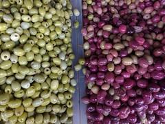 MARCH DES OLIVES./explore/ (aliciap.clausell) Tags: marche olives olivas aceitunas marruecos alimentos olive aperitivo vegetales olivo dietamediterranea in explore food kitchen cooking comida cocina aperitivos