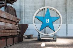 Firmenlogo SWB (Sonne 2208) Tags: abandoned blau stern brandenburg swb stahlwerk industriemuseum lostplace firmenlogo