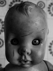 Portrait of old doll . X20 . (AKromatiCK) Tags: portrait bw nb noiretblanc blackandwhite x20 fujifilm doll poupe fujifilmx20