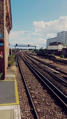 Battersea park (estellousan) Tags: train rail battersea london