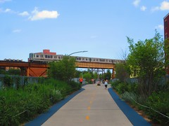 The 606 (CrispyBassist) Tags: chicago bloomingdaletrail the606 cta blueline train railroad railway