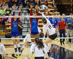 Texas vs. Kansas (Moogul) Tags: austin ut texas longhorns 7d kansas volleyball jayhawks 135l womensvolleyball 135mmf2 canon135l canoneos7d